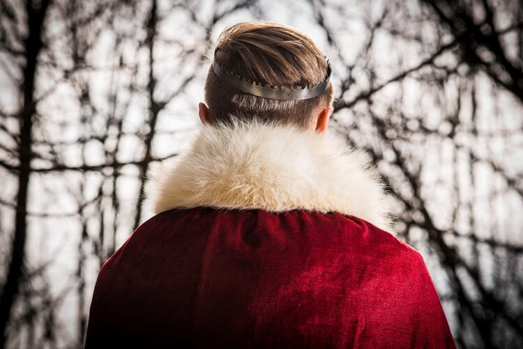 ALL YOU NEED TO KNOW ABOUT FUR WINTER OUTERWEAR