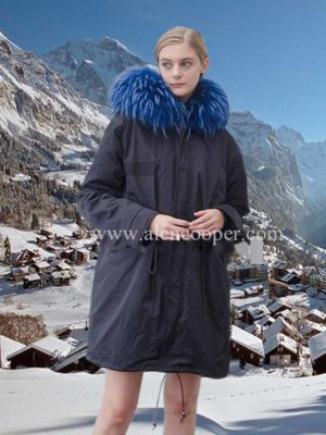 Elegant long parka with navy blue fox fur hood