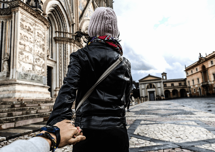 TIME TO CLEAR 4 COMMON MYTHS ABOUT LEATHER JACKETS