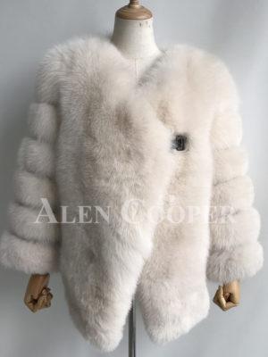 Perfect stylish fox fur winter wrap for women in white