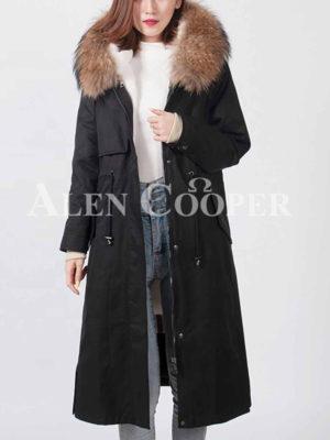 Raccoon fur hooded warm winter parka for women
