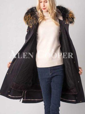 Trendy fur hooded warm winter femme parka jacket