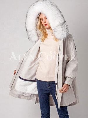 Women's stylish winter parka with rabbit fur inner linen and hood