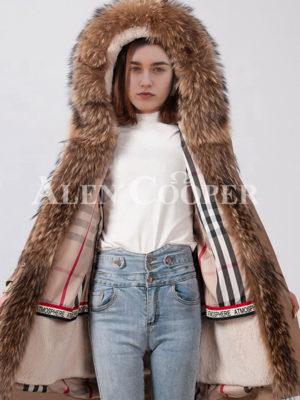Women durable and stylish long custom fur hooded winter parka