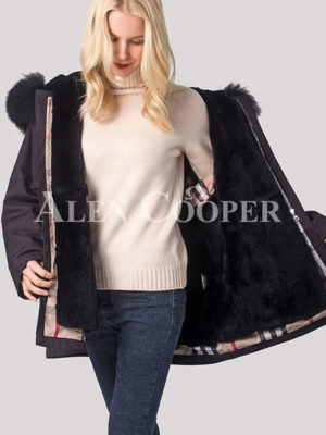 Women fashionable and windproof super warm winter parka
