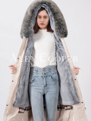 Women waterproof real fur hooded long and stylish parka