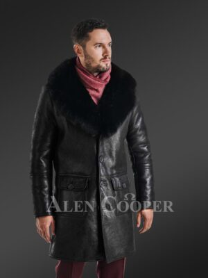 Long and stylish classic cut merino lamb fur lined leather coat for men New side view