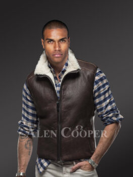 Men's super warm stylish and solid double face shearling vest in brown new