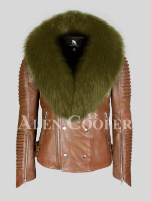 Real lambskin warm and comfortable jacket with olive fox fur collar