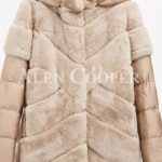 Stylish real fur coat with detachable hood and polyester sleeves begie