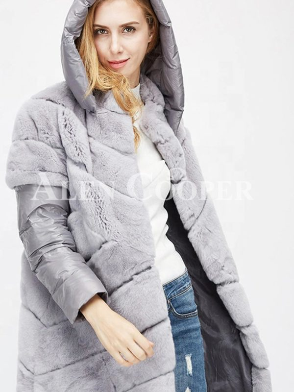 Stylish real fur coat with detachable hood and polyester sleeves in gray