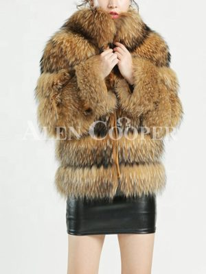 Thick real fur warm winter coat for women with detachable fur collar