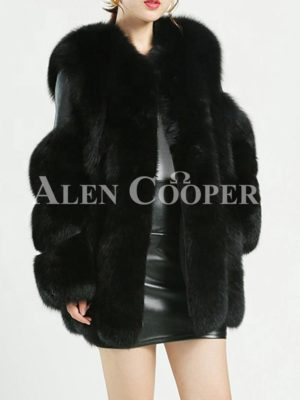 Women's super stylish warm winter real fur coat with paragraph sleeves