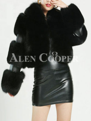 Women stylish and luxury real fox fur cropped winter coat
