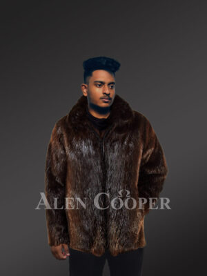 Men's silky Beaver fur mid-length winter coat with protective collar new views