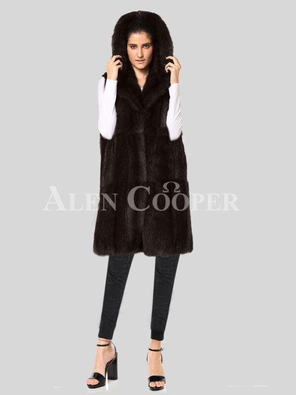 Redefine your pride and vanity with hybrid black fur parka convertible Mink Plate coffee