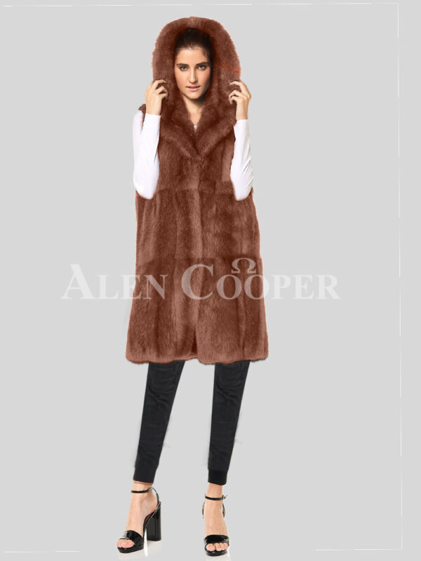 Redefine your pride and vanity with hybrid black fur parka convertible Mink Plate light-brown