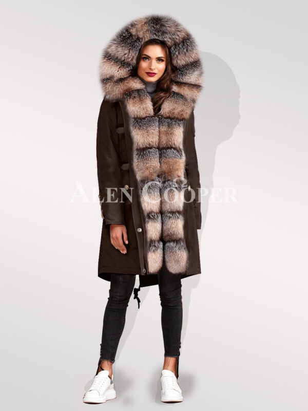 Classy and eye-catchy blue frost fox fur hybrid coffee parka convertibles for women