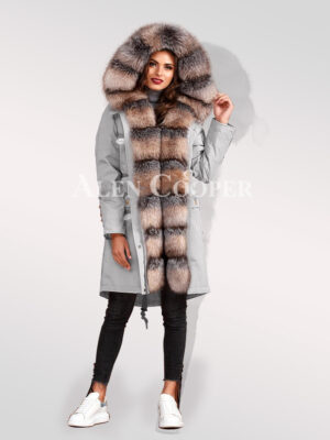 Elegant and trendy blue frost fox fur hybrid grey parka convertibles for women's