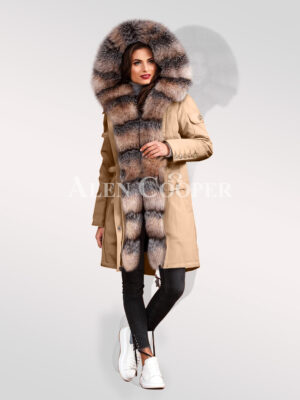 Graceful and Innovatively designed blue frost fox fur hybrid beige parka convertibles for women's