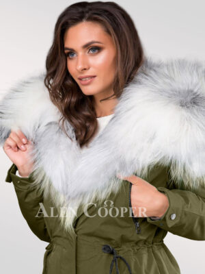 Reinvent your attractive figure with classy arctic fox fur green parka convertibles for women's