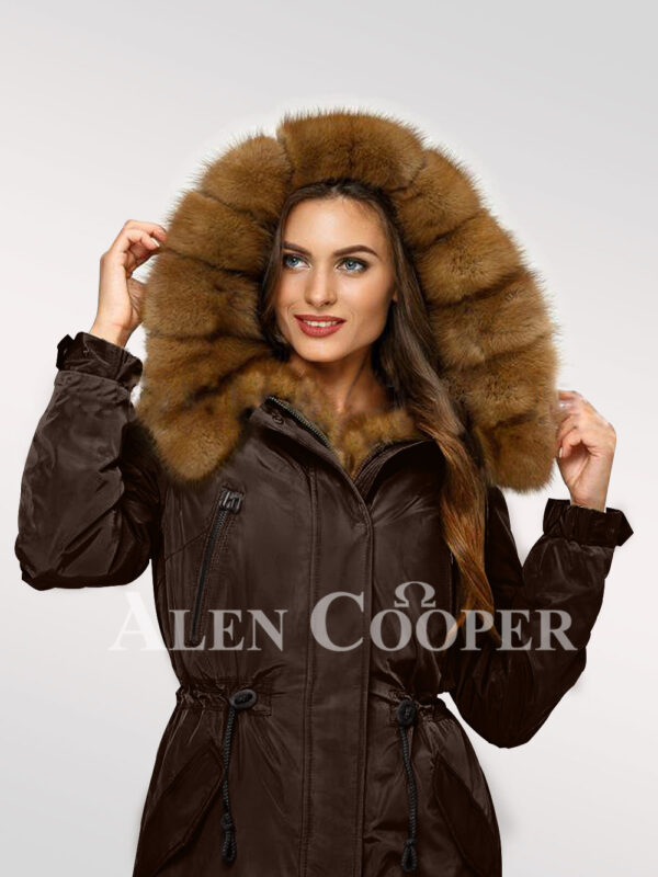 Standalone range of Canadian sable fur hybrid coffee parka convertibles for women's