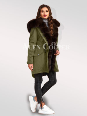 Steal the limelight with ladies' Arctic fox fur hybrid green parka convertibles