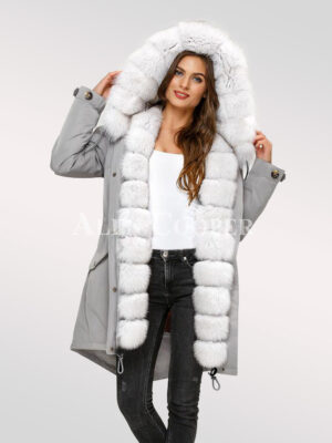 Explore your personality afresh with ladies' Arctic fox fur hybrid grey parka convertibles
