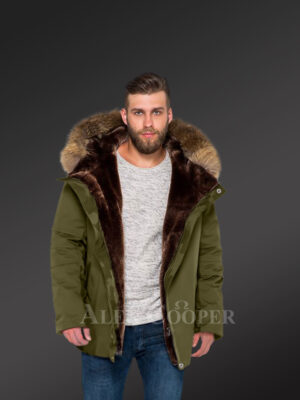 Hybrid green Finn raccoon fur parka convertibles to make men trendier and more fashionable new view