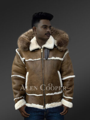 Plush shearling jacket with fur hood for tasteful mens New 2