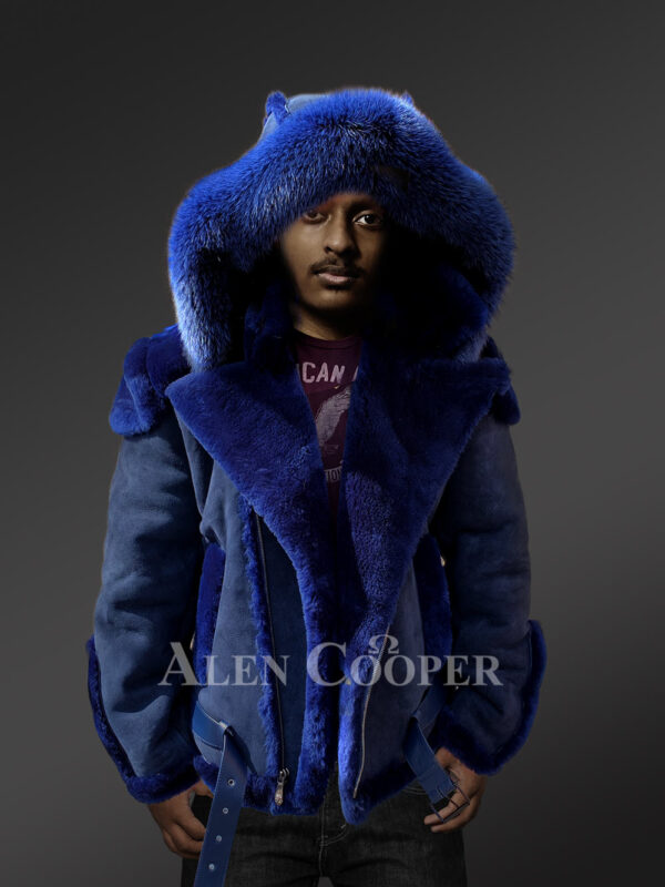 Shearling jacket with fur hood for smart and stylish men New view