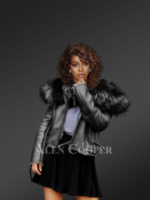 Black leather jacket with removable fur collar for stylish womens