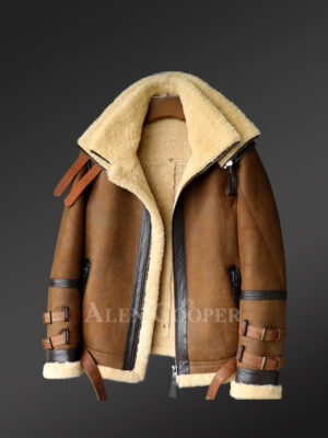 Authentic shearling jacket to redefine your masculine charm