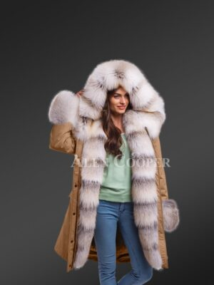 Boost your feminine charm with elegant Blue frost fox fur hybrid beige parka convertibles