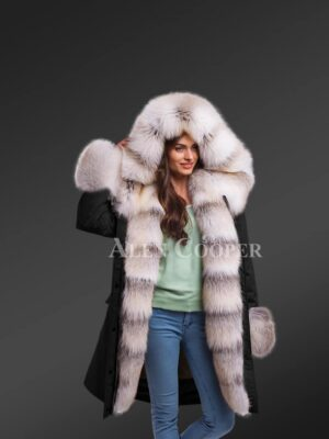 Dressing Code For Ladies With Blue Frost Fox Fur Hybrid Black Parka Convertibles With Fox Liner