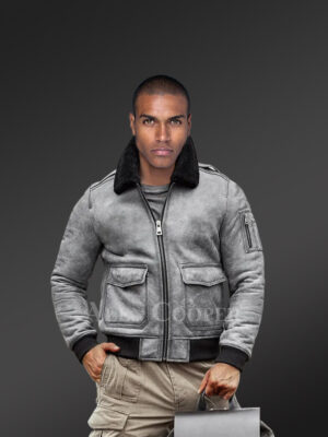 Genuine shearling jackets in grey for tasteful men